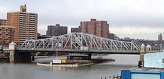 Madison Avenue Bridge - South side, from a Metro North train
