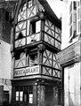 Maison à pans de bois - Vue d'ensemble - Moulins - Médiathèque de l'architecture et du patrimoine - APMH00032517.jpg