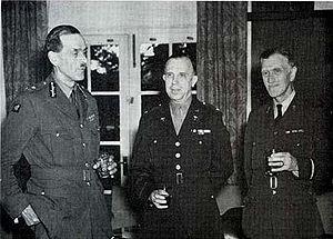 Geoffrey Keynes - Image: Maj. Gen. Max Page, RAMC, and Air Commodore Geoffrey Keynes, RAF, with Col. Oramel H. Stanley, MC