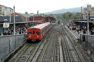 Oslo Sporveier - T1000 stock at Majorstuen.