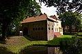 Maninga-Burg in Pewsum (Krummhörn) IMG 6662.jpg