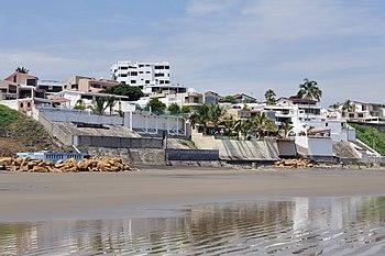 Manta Ecuador playa Murci%C3%A9lago 02