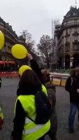 File:Marche des Femmes Gilets Jaunes Paris Bastille 6 janvier 2019 -5.webm