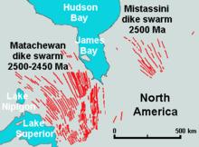 Ta mapa pokazuje lokalizację rojów Matachewan Dike, które znajdują się na północny wschód od jeziora Superior i na południowy zachód od James Bay.