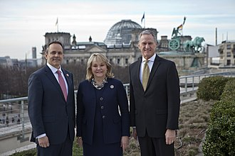 Matt Bevin - Bevin with Governors Mary Fallin of Oklahoma and Dennis Daugaard of South Dakota in March 2017
