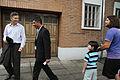 Mauricio Macri con vecinos de la Comuna 13 (6792170339).jpg