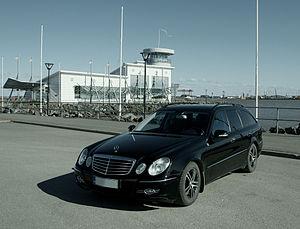 English: Mercedes-Benz S211 (2008) in Reposaari.