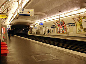 Victor Hugo (Paris Métro) - Image: Metro de Paris Ligne 2 Victor Hugo 02