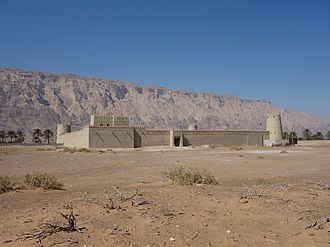 Jebel Hafeet - Mezyad Fort with the mountain in the background