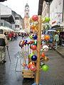 Mittenwald, Touristenangebote am Obermarkt.jpg