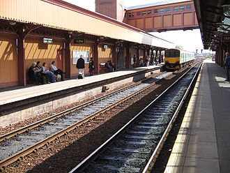 Birmingham station group - The two through platforms at Moor Street