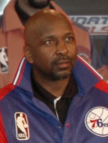 Moses Malone (cropped).jpg