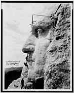 Mount Rushmore unrestored.jpg