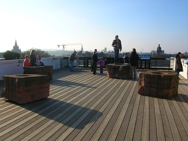 File:Museum of Scotland roof terrace.jpg