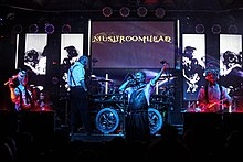 Description de l'image Mushroomhead Live by Luis Blanco (1).jpg.
