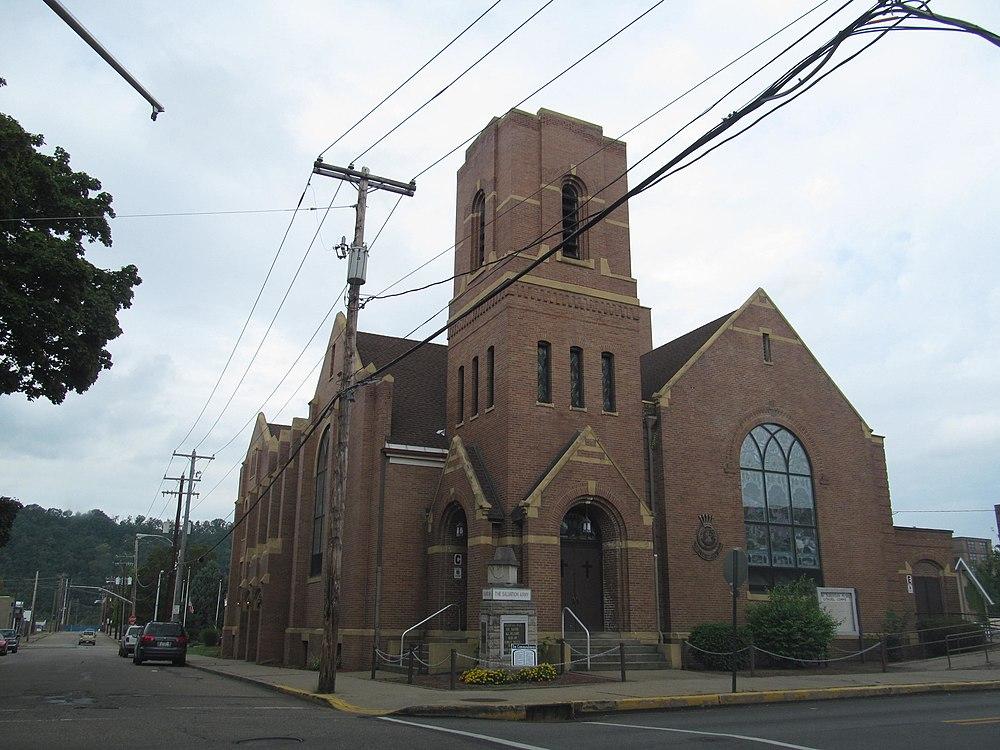 The population density of New Kensington in Pennsylvania is 3115.44 people per square kilometer (8046.63 / sq mi)