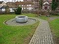 Newbury - Ebb And Flow (geograph 2918295).jpg