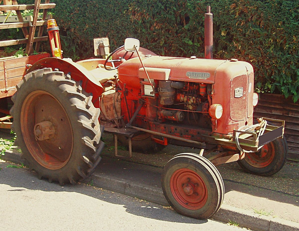 Four Engine Tractor : Nuffield universal wikipedia
