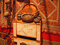 Objets quotidiens kazakhs (musée Guimet) (5361051063).jpg
