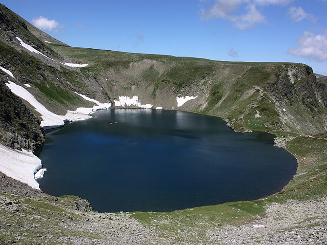 "The ""Eye"" lake, one of the seven Ril..."
