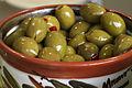 Olives piments rouge Cl J Weber (22754123237).jpg