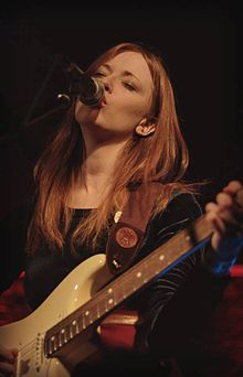 "Orla Gartland ""Smooch"" Photo..jpg"
