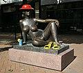 Oslo, statue of woman (30).JPG