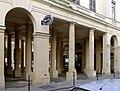 P1120923 Paris Ier Palais-Royal péristyle de Beaujolais rwk.JPG