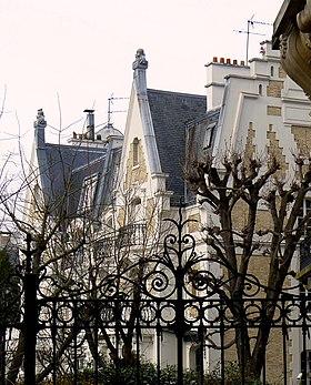 Eddy La Villa Des Cours Bris Ef Bf Bds