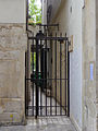 P1270255 Paris IV rue Hotel-de-Ville N103 passage rwk.jpg