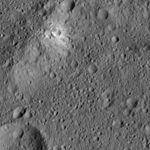 PIA20956-Ceres-DwarfPlanet-Dawn-4thMapOrbit-LAMO-image194-20160606.jpg