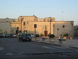 Palazzo Baronale San Cassiano-2.jpg