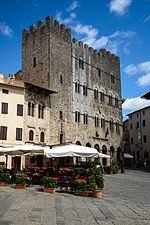 Palazzo del Comune di Massa Marittima.jpg