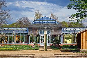 Stadtpark und Botanischer Garten Gütersloh - Palmenhauscafé