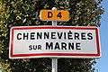 Panneau entrée Chennevières Marne 1.jpg