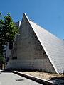 Parroquia de Nuestra Señora del Tránsito, fachada norte, Madrid.jpg