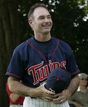 Marvin Miller Man of the Year Award - Image: Paul Molitor white house