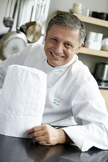 Le cuisinier David MArtin, fils de Jacques Martin. | Photo : Wikipedia