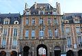 Place des Vosges. Pabellón del rey. 05.JPG