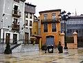 Plaza de Trascorrales, Oviedo (3915984372).jpg