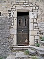 Poet Laval - porte dans rempart.jpg