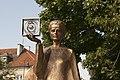 Pomnik Marii Skłodowskiej-Curie w Warszawie.jpg