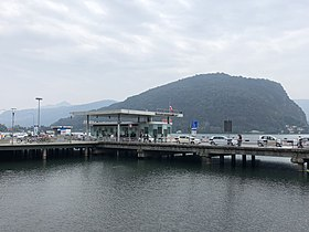 Zollstation und Brücke über die Tresa