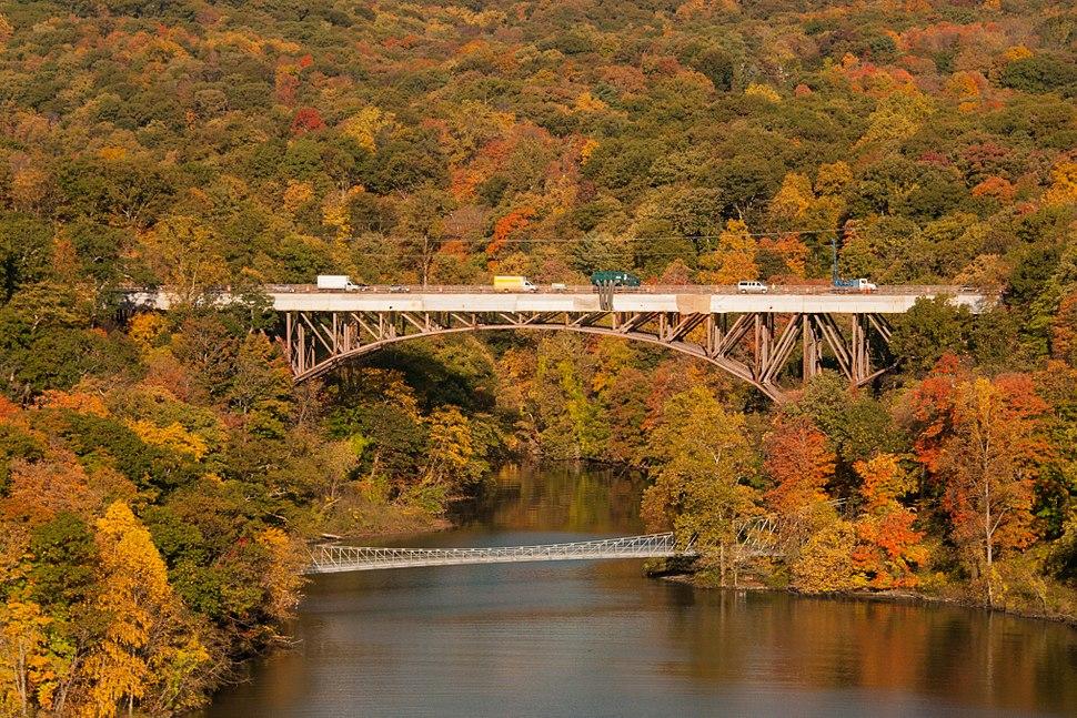 Popolopen Creek 9W bridge and footbridge