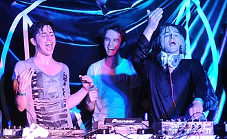 Skrillex - Image: Porter Robinson, Zedd, and Skrillex at the 2012 SXSW cropped