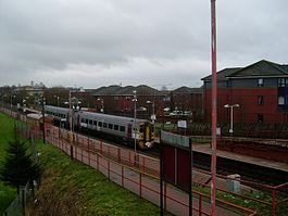 Possilpark and Parkhouse railway station in 2009.jpg