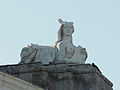 Puerta de Hierro (Madrid) - Esfinge este 01.jpg