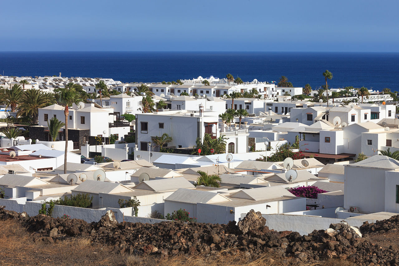 online dating lanzarote Seven sensational lanzarote wineries by  located in lanzarote's main wine region from  combining the newest technology with a vineyard dating back three.