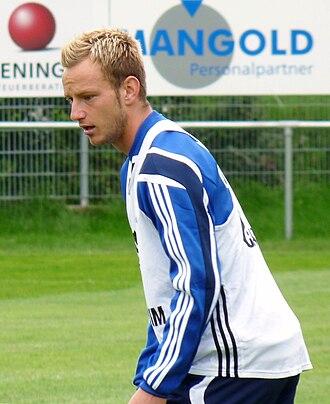 Ivan Rakitić - Rakitić with Schalke in 2010.