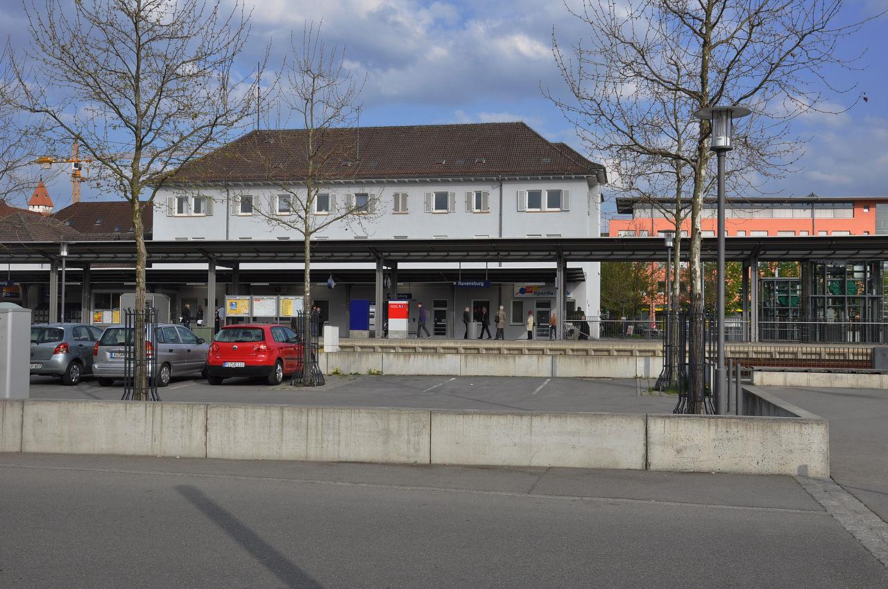 Ravensburg Bahnhof 2011.jpg